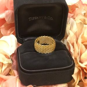 Tiffani &co Somerset Gold  mesh ring 🧡